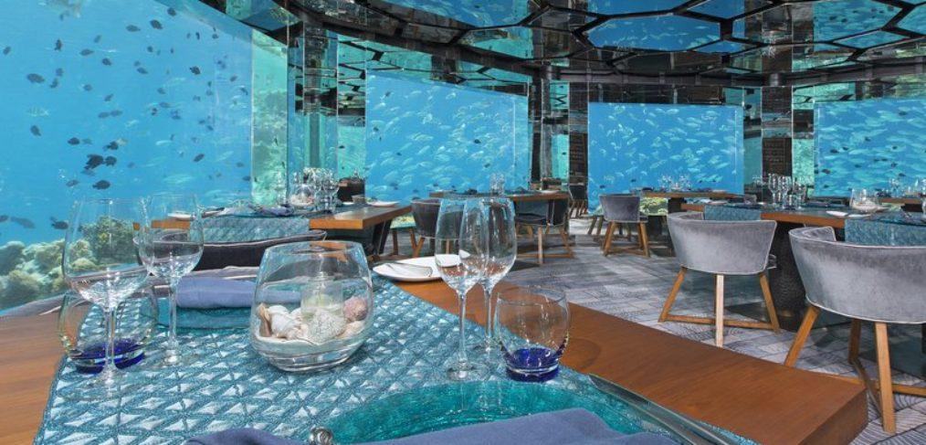 Anantara Kihavah Villas, cena bajo el agua