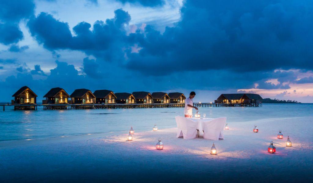 Cocoa island by como hoteles for Hoteles en el agua maldivas