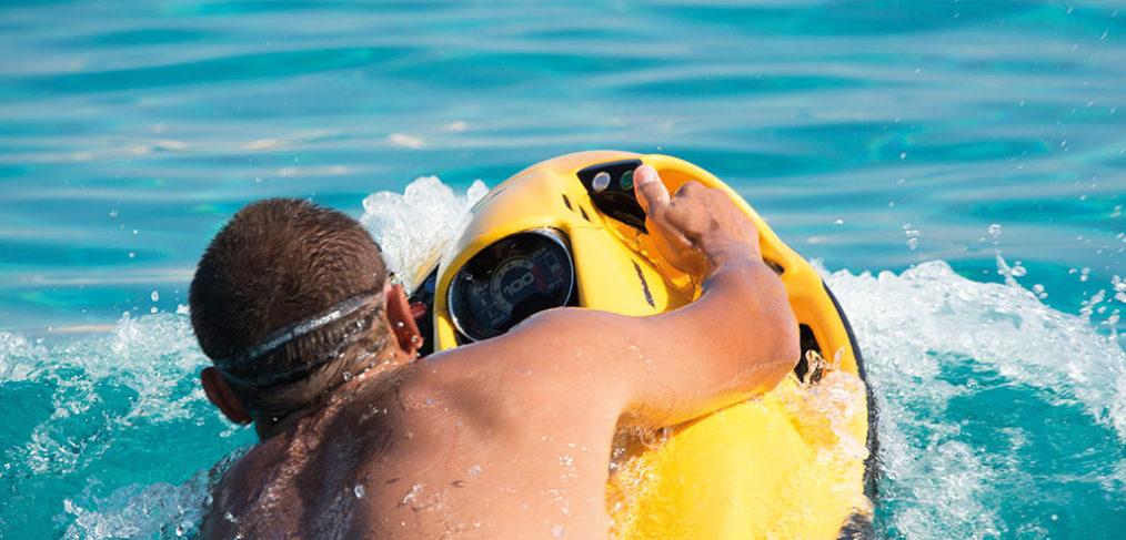 deportes acuáticos maldivas, seabob maldivas, viaje a islas maldivas